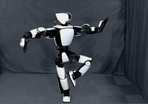 robot humanoide T-HR3 fabricado por Honda es la evolución del robot Asimo